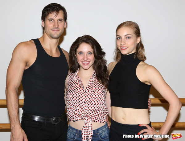 Photos: Meet the Company of DIRTY DANCING on Tour!