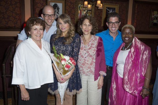 Photo Coverage: Stacie Bono Makes 54 Below Debut