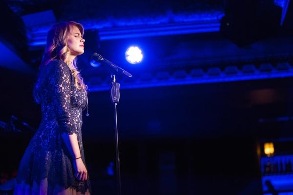 Photo Coverage: Stacie Bono Makes 54 Below Debut