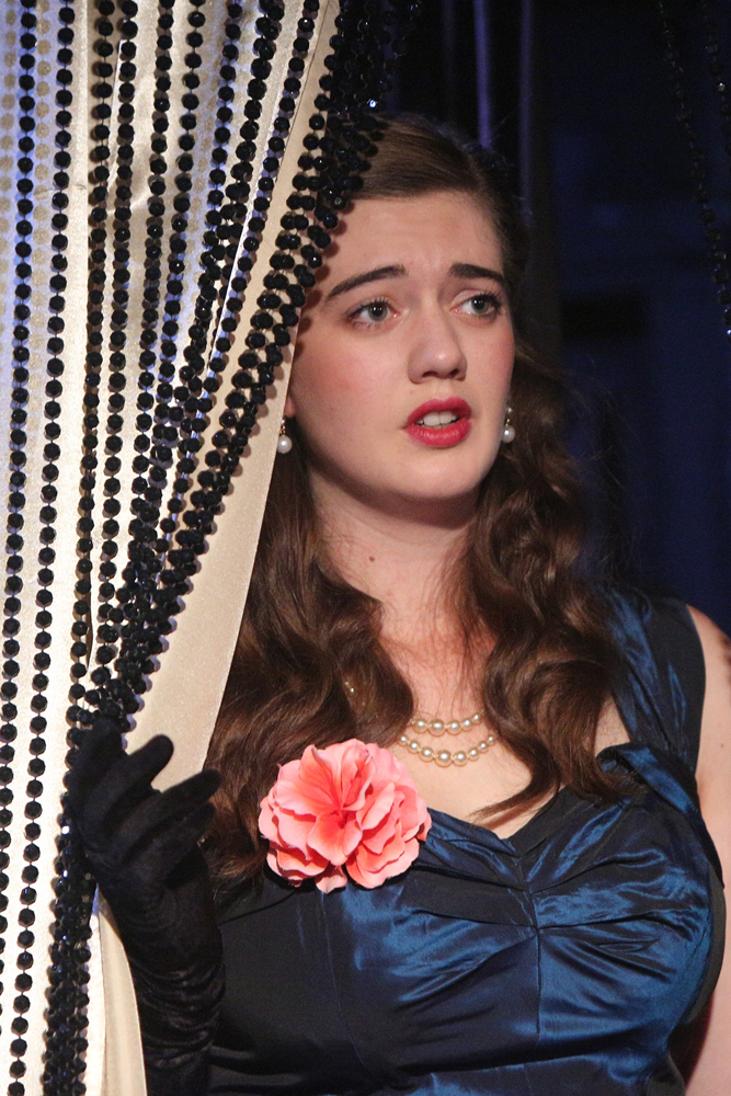 BWW Interview: ELLIE NUNN Talks About Playing 'Lady Windermere'