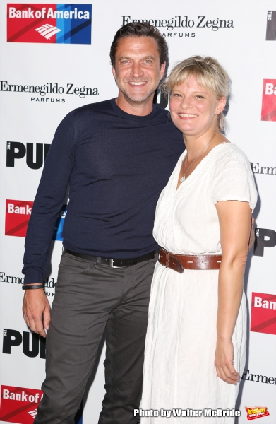 Raul Esparza and Martha Plimpton