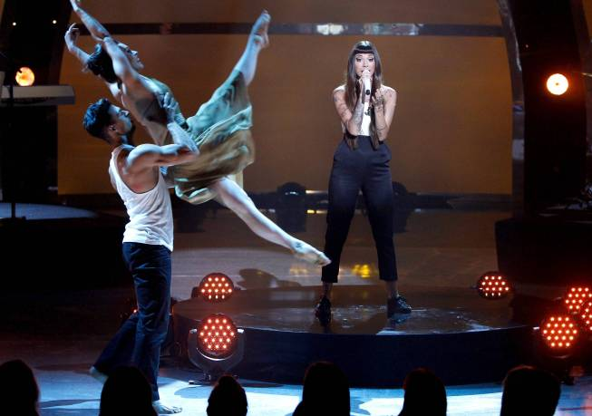 BWW Recaps: SYTYCD's Top-10 Perform with All-Stars as Two are Eliminated; Updated with Full Reviews & Pictures!
