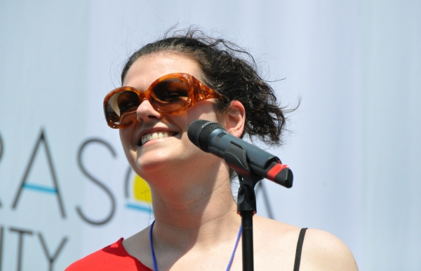 Photos: Casts of JERSEY BOYS, CABARET and More Visit BROADWAY IN BRYANT PARK!
