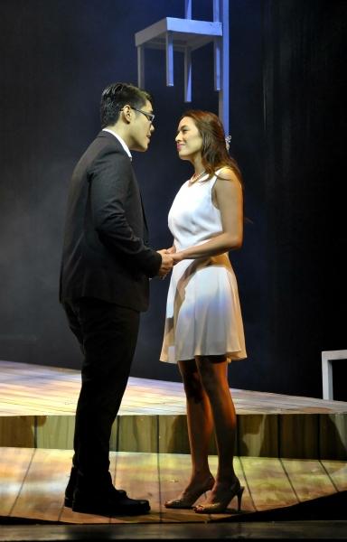 Joaquin Valdes, Nikki Gil