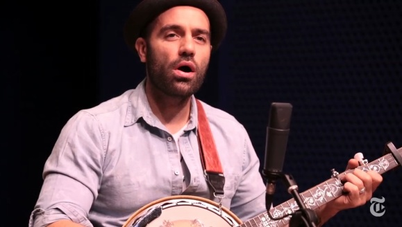 In Performance: Watch LES MISERABLES' Ramin Karimloo Perform 'Bring Him Home' on Banjo