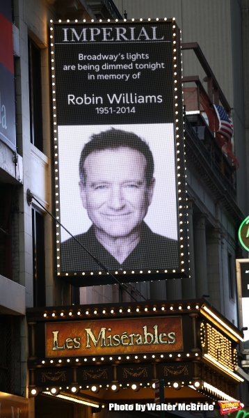 Photo Coverage: Broadway and Times Square Tribute the Late Robin Williams