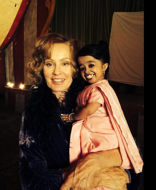 Photo: World's Smallest Woman Joins Cast of AMERICAN HORROR STORY: FREAK SHOW