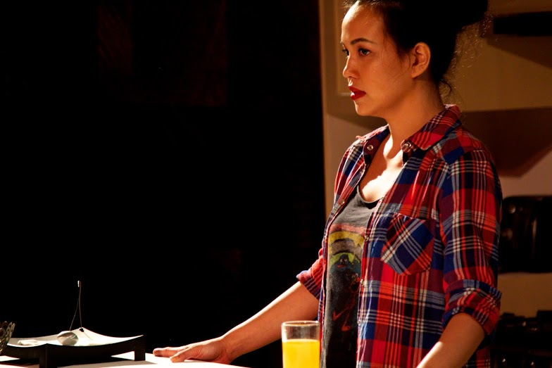 BWW Reviews: RABBIT HOLE by Red Turnip Theater