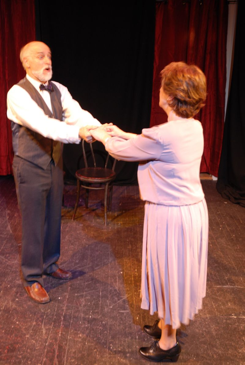 BWW Reviews: CABARET Sizzles and Sears in Mad Horse Theatre-Razer Entertainment's Production