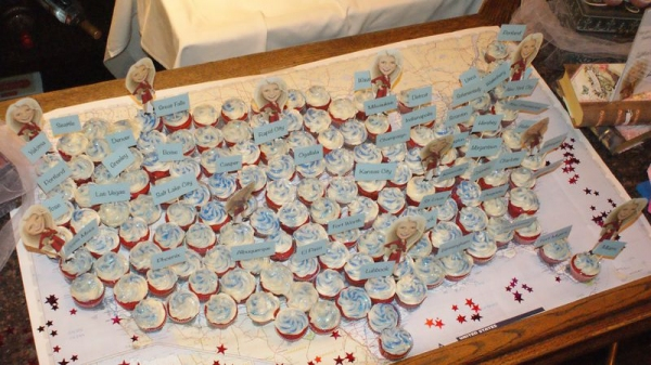 ''touring the country'' cupcake display by Talitha Farrow of Taliths''s Tasty Treats
