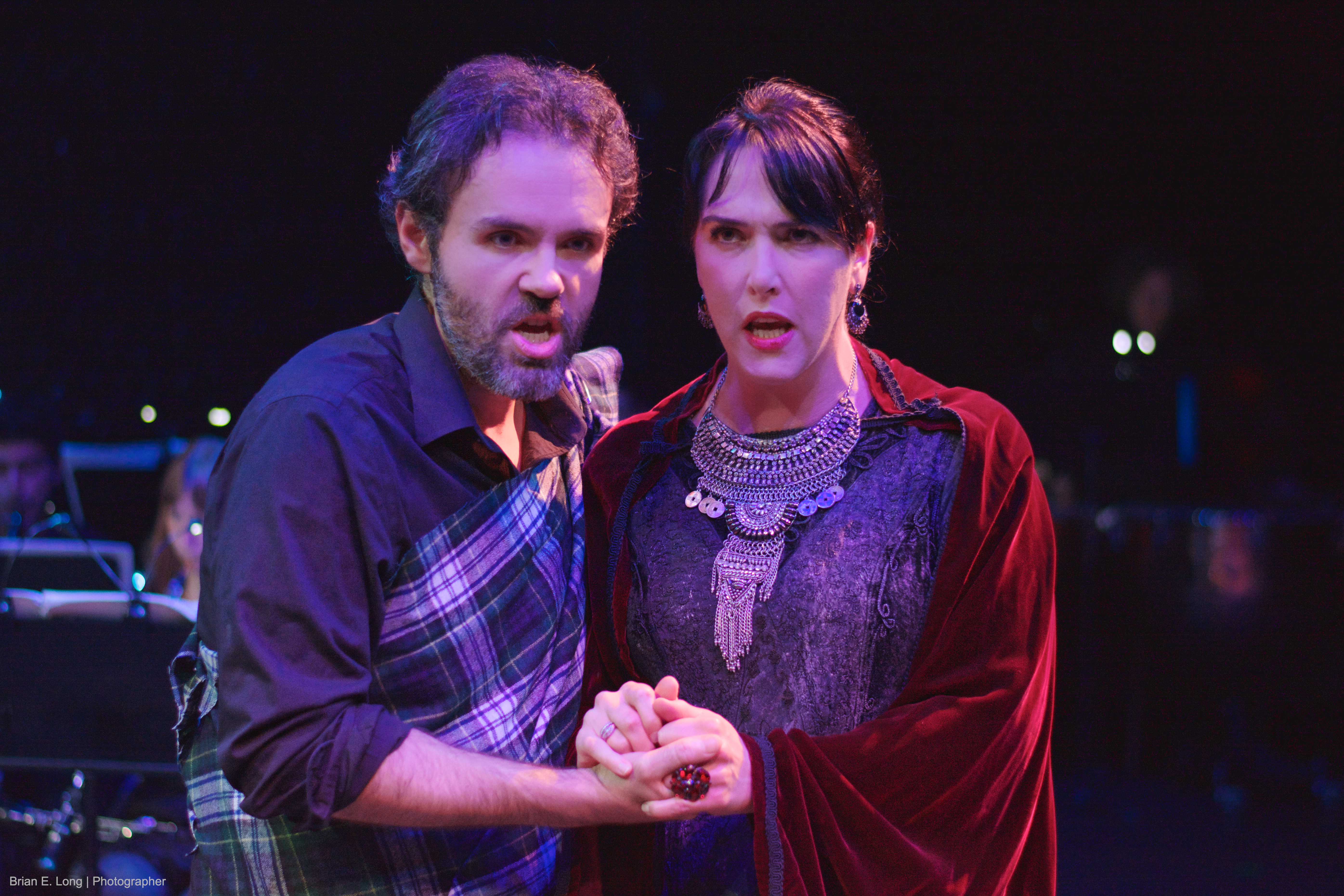 BWW Reviews: dell'Arte Opera Ensemble's MACBETH is Atmospheric and Intimate