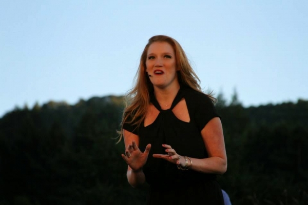 BWW Blog: Libby Servais of Transcendence Theatre Company's 'Broadway Under the Stars' - Music of the Night