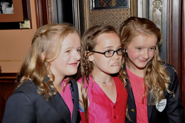 Oona Laurence doing her best Grumpy Cat impression with Millie Shapiro and Abigail Shapiro