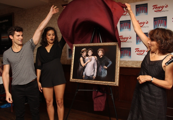 Photo Coverage: Andrea Martin Receives New PIPPIN Portrait on Tony di Napoli's Broadway Wall of Fame!