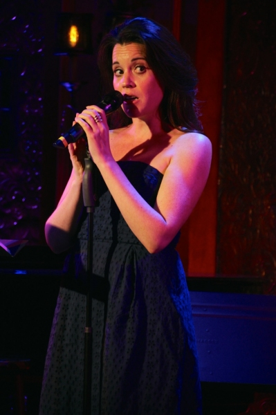Jenna Leigh Green sings a mash-up of Miley Cyrus's ''Wrecking Ball,' Photo