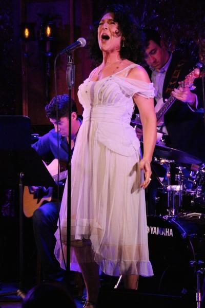 Jen Burleigh-Bentz performs ''I Do'' Photo