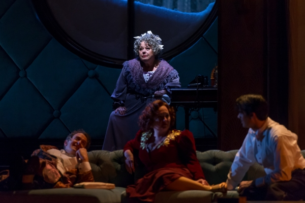 Photo Flash: First Look at Drury Lane Theatre's THE GAME'S AFOOT, Opening Tonight