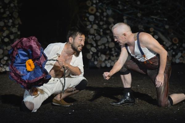 Daisuke Tsuji as Oberon and Danny Scheie as Puck  Photo