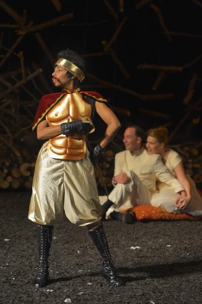 Margo Hall as Bottom (playing Pyramus), Nicholas Pelczar as Demetrius, and Lauren English as Helena