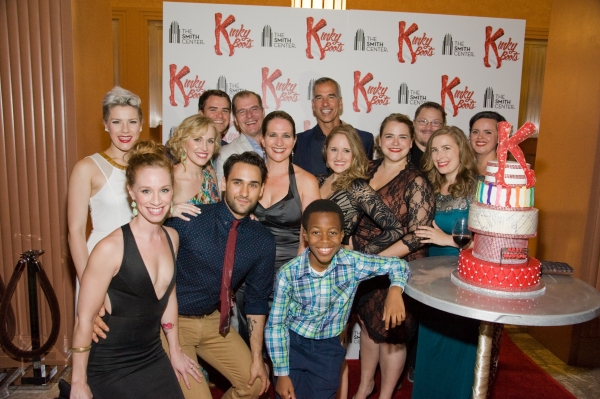 Photo Flash: KINKY BOOTS National Tour Celebrates Las Vegas Opening with Jerry Mitchell, Daryl Roth & More