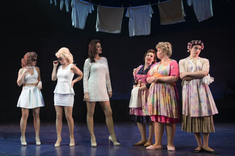 BWW REVIEW: Ogunquit Brews Up Another Winner with WITCHES OF EASTWICK