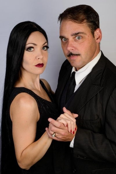 Jennie Eisenhower as Morticia and Jeff Coon as Gomez
