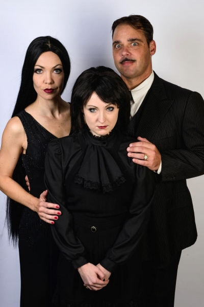 Jennie Eisenhower as Morticia, Lauren Cupples as Wednesday and Jeff Coon as Gomez