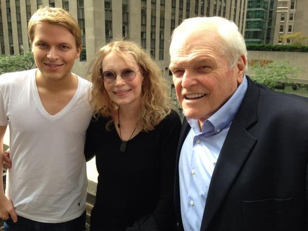Ronan Farrow, Mia Farrow, Brian Dennehy  Photo