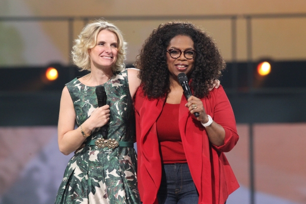 Oprah Winfrey with author Elizabeth Gilbert