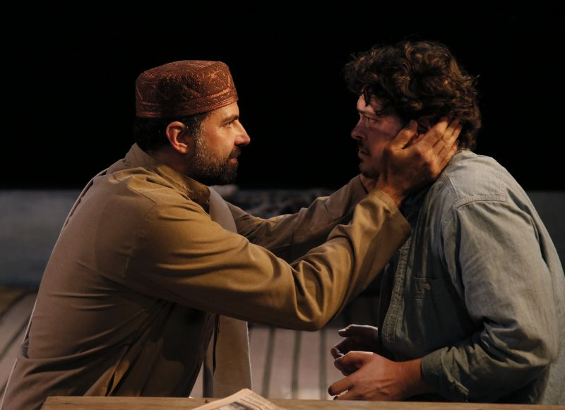 BWW Reviews: THE INVISIBLE HAND at ACT Grabs You & Doesn't Let Go