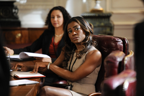 Photo flash new photos of patina miller bebe neuwirth on for Is bebe neuwirth leaving madam secretary