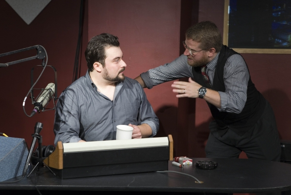Photo Flash: First Look at Off-Broadway Revival of Eric Bogosian's TALK RADIO