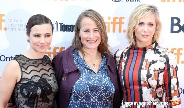Shira Piven, Linda Cardellini, Kristen Wiig