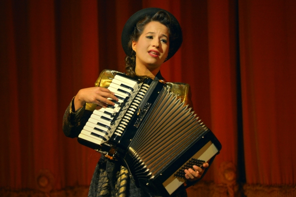 Singer/songwriter Shaina Taub