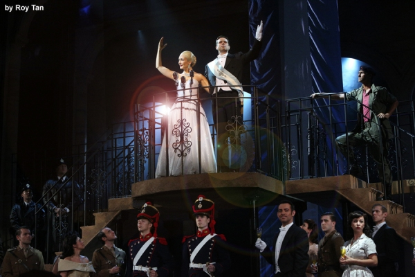 Madalena Alberto as Evita and Ben Forster as Augustin Magaldi