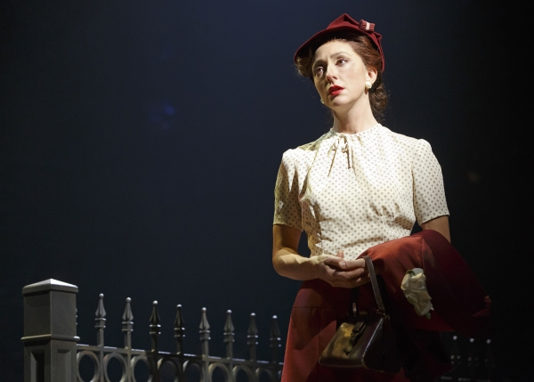 Carmen Cusack as Alice Murphy