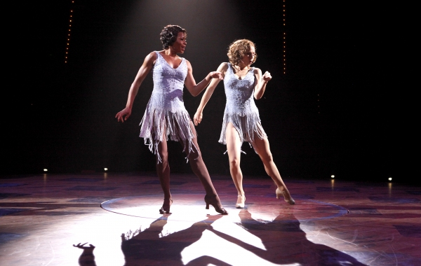 Bahiyah Hibah (Velma) and Heather Parcells (Roxie)