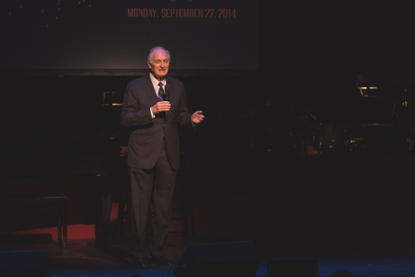 Alan Alda presents Arthur Levitt with the Westport Country Playhouse Leadership Award.