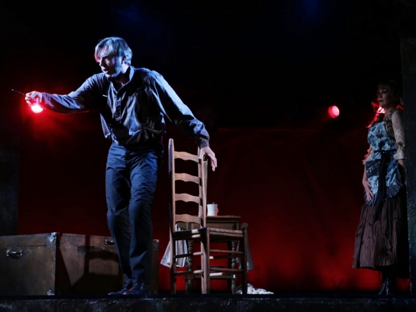 Photos: First Look at Christopher Chew and Amelia Broome in SWEENEY TODD at the Lyric Stage