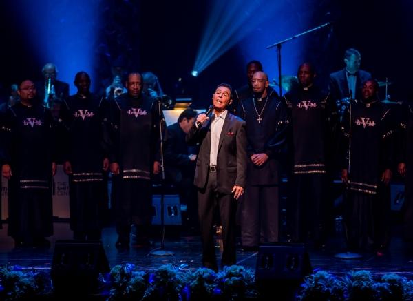 Clint Holmes, Las Vegas Mass Choir