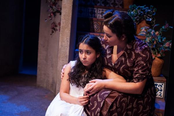 Madison Palomo as Esperanza and Izabella Cantu as Ramona