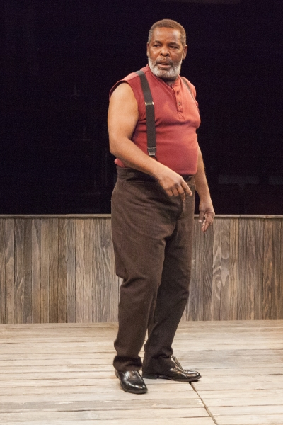 Ray Anthony Thomas as Wynton