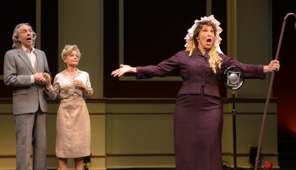 Photos: First Look at International City Theatre's GLORIOUS!
