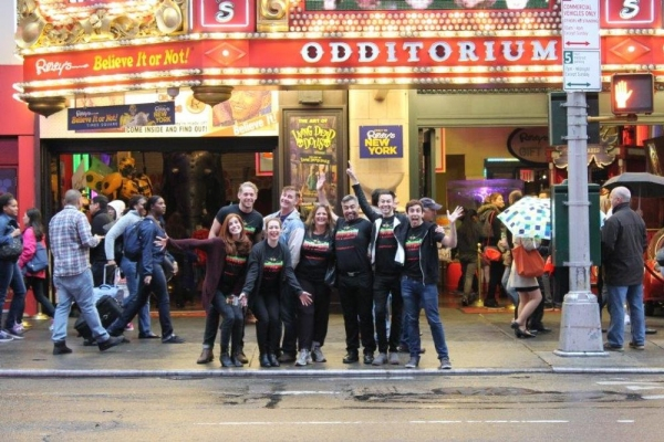 Photo Flash: Cast of BEDBUGS!!! Performs in Times Square