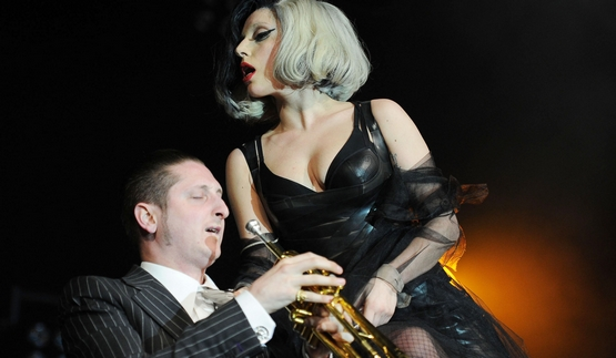 BWW Interview: Brian Newman on New York Jazz, Working with Gaga, Bennett on 'Cheek to Cheek'
