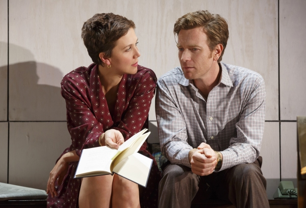 Maggie Gyllenhaal and Ewan McGregor