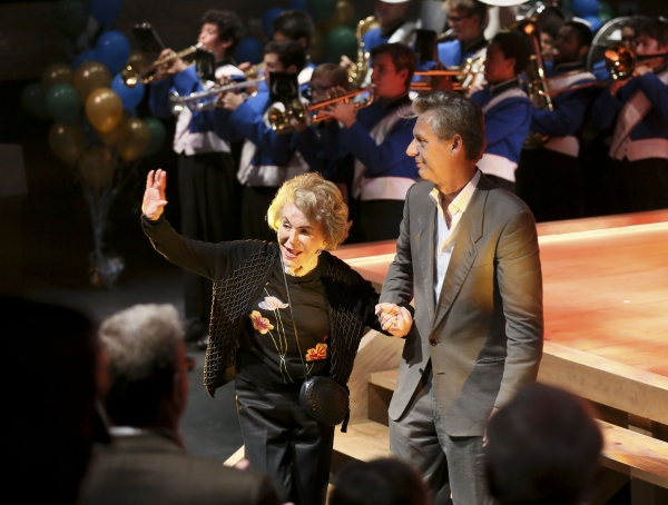Anne Douglas waves to the crowd with CTG Artistic Director Michael Ritchie