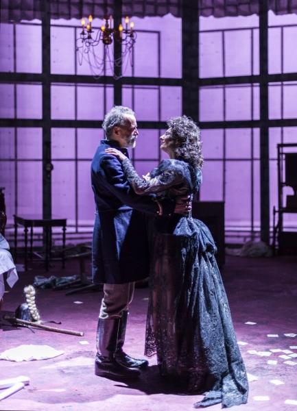 Geoff Elliott as Edgar and Susan Angelo as Alice Photo