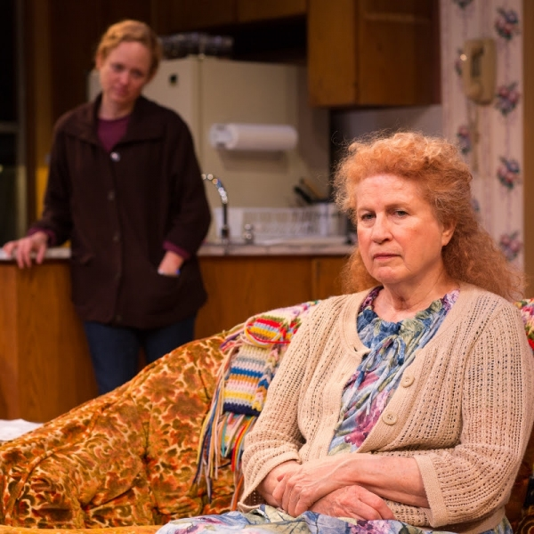 Dana Millican as Jessie, Jacklyn Maddux as Thelma