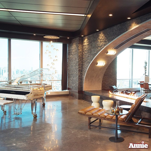 Apartment Film: Inside Benjamin Stacks's Ultra-Hip Penthouse In New ANNIE